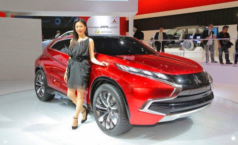 Mitsubishi's Mysterious It Turns Out Mitsubishi PHEV-XR
