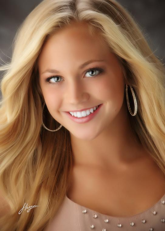 Savannah Lancaster Crowned Miss Utah Teen USA 2014