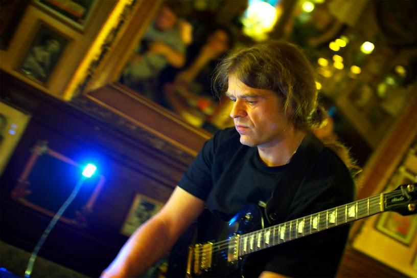 Gerd Weyhing live @ Schwelm 2012 / photo : Lutz Diehl