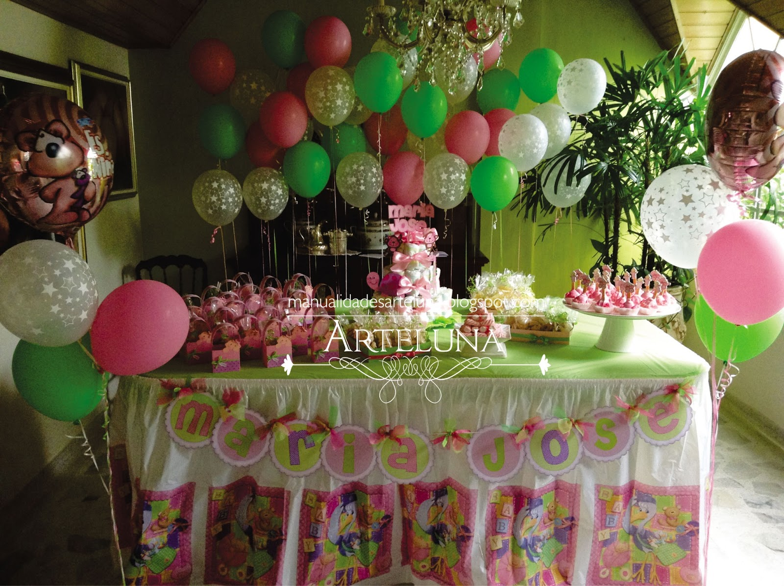 Arte luna decoracion baby shower for Decoracion para pared de baby shower