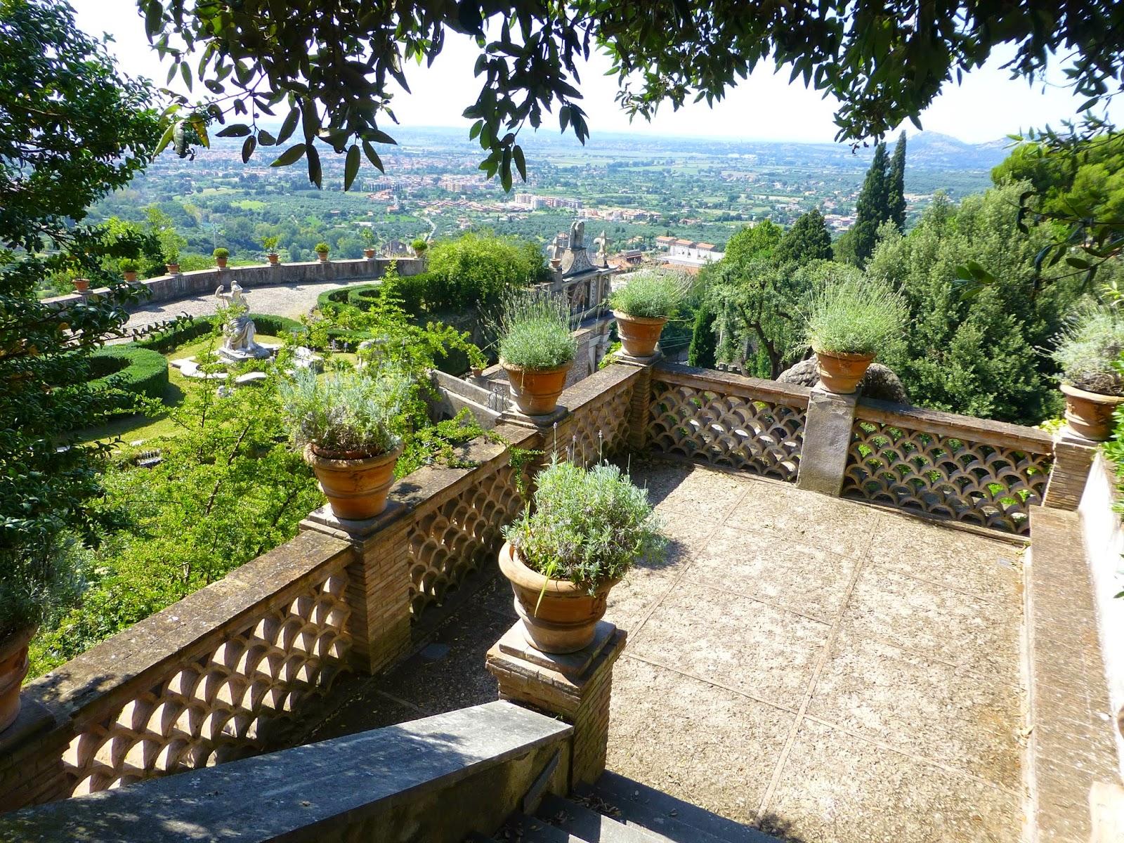 Promenade enchantée dans un des plus beaux jardins du monde - La Villa d'Este