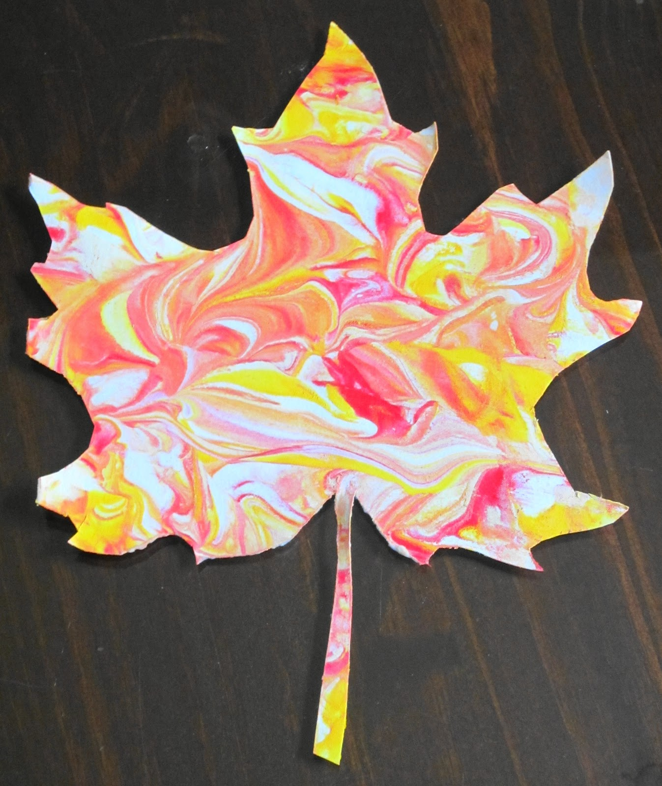 Art Ideas With Leaves: Teaching With TLC: Create Marbled Fall Leaves With Shaving