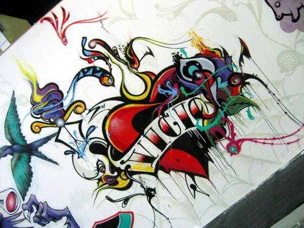 Gips: Graffiti Heart - Love by Salvi Prider