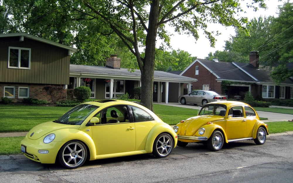 http://forums.vwvortex.com/showthread.php?5267702-2012-Beetle-debuts!/page20