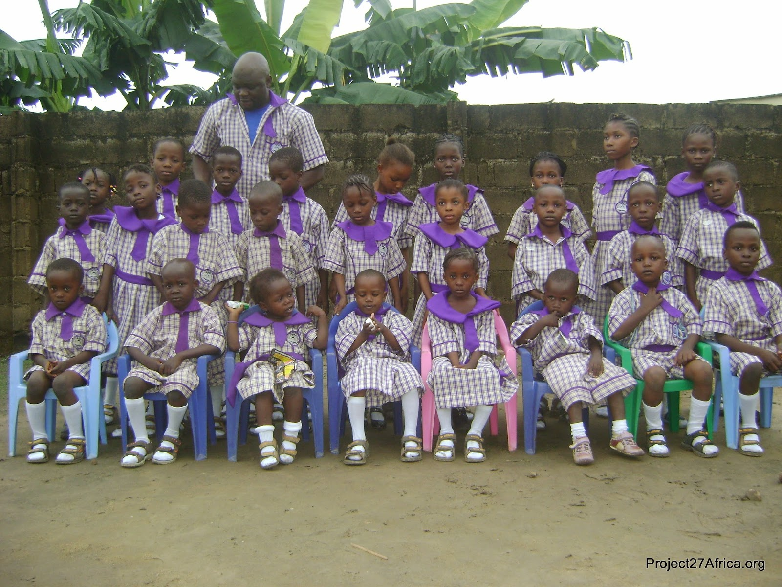 Comedian AY Gives Out Uniforms To Primary School Students