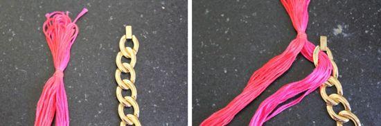 Paso 3 Tomar el hilo más cercano a la cadena y llevarlo a través de la cadena de debajo.