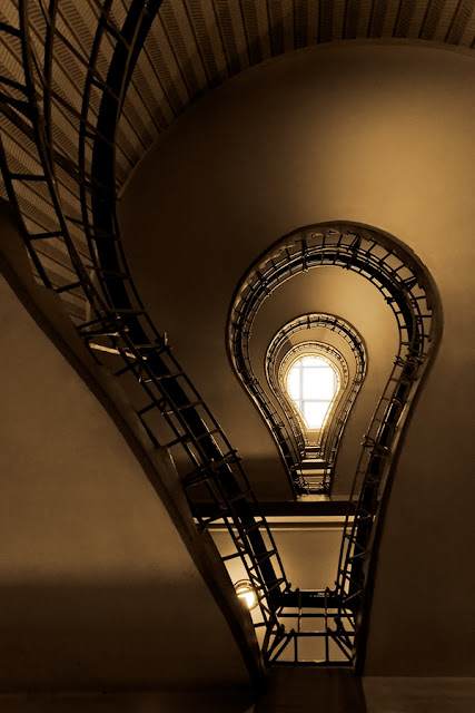 stair,staircase,lamp,bulb,HDR,architecture,cubism,prague,czech republic