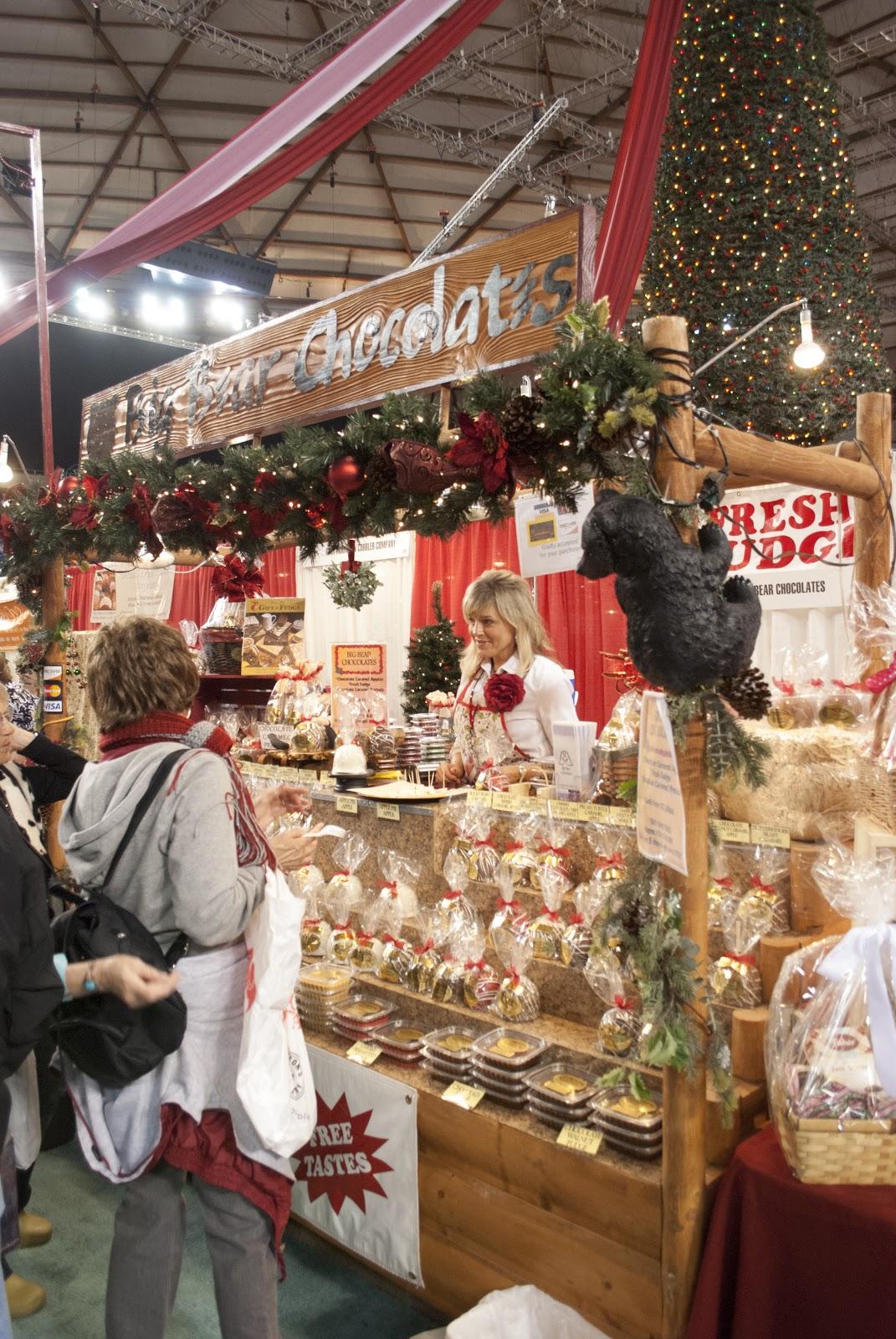 Showcase Events, Inc.: Tacoma Holiday Food & Gift Festival Photos