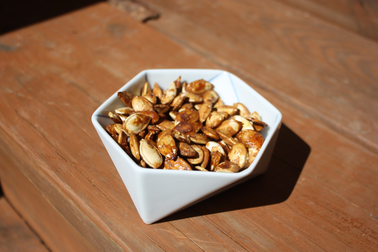Chow and Chatter: Roasted Cinnamon Maple Pumpkin Seeds