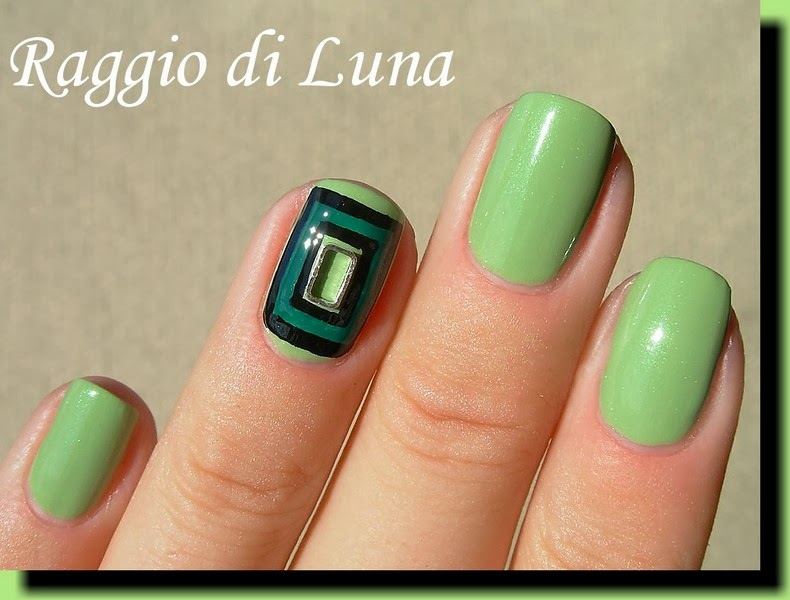 Raggio di Luna Nails: Metal nail art rectangle decoration on green ...