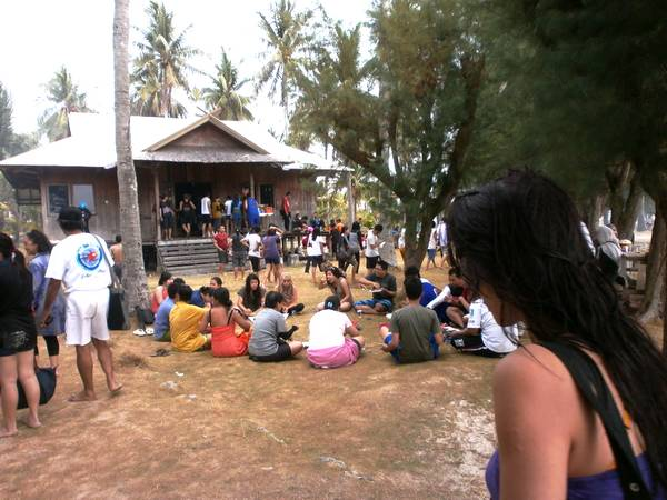 warung makan pulau tengah karimunjawa