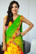 Reetu varma sizzling in half saree-thumbnail-19