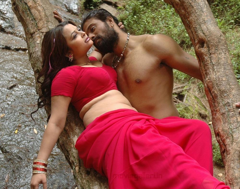 Thappu Tamil Movie Hot Stills Tappu Gallery