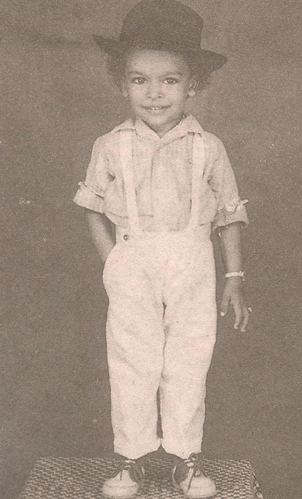 chiranjeevi rare childhood  young age and family photos
