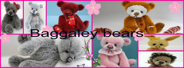 Miniature Artist Bears By Vicki Of Baggaley Bears