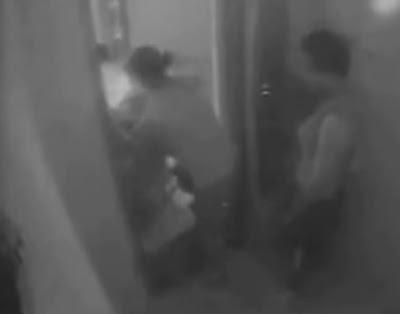 mujer muere partida en dos por un ascensor en china