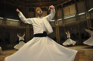 danza sufí, dervixos, derviches, monestir mevlevi, monasterio mevlevi, Estambul