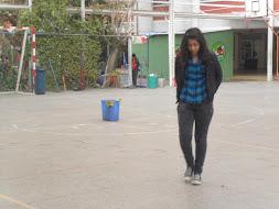 caminando sola