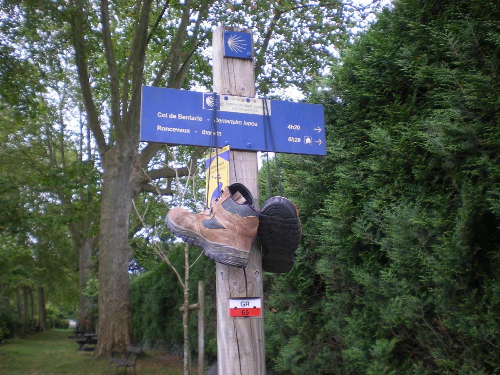 Tridente etapa saint jean pied de port roncesvalles - St jean pied de port to roncesvalles ...