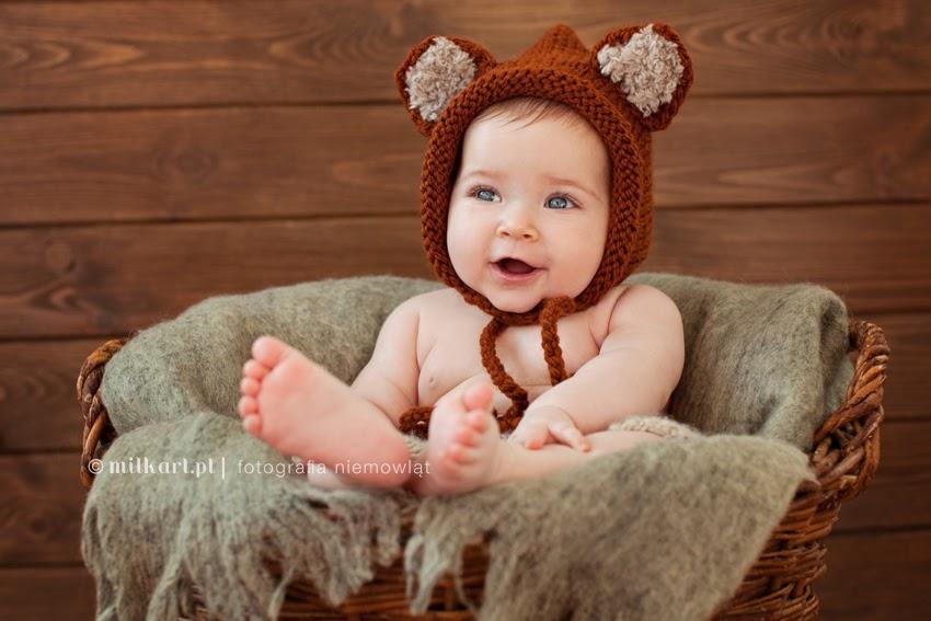 fotografia niemowlęca, zdjęcia noworodkowe, sesja niemowlaka w poznaniu, artystyczne fotografie dziecięce, studio fotograficzne w poznaniu