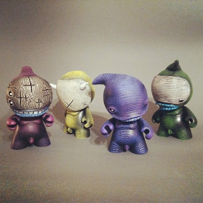 Shadow-lings Custom 4 Inch Munnys by Shadoe Delgado