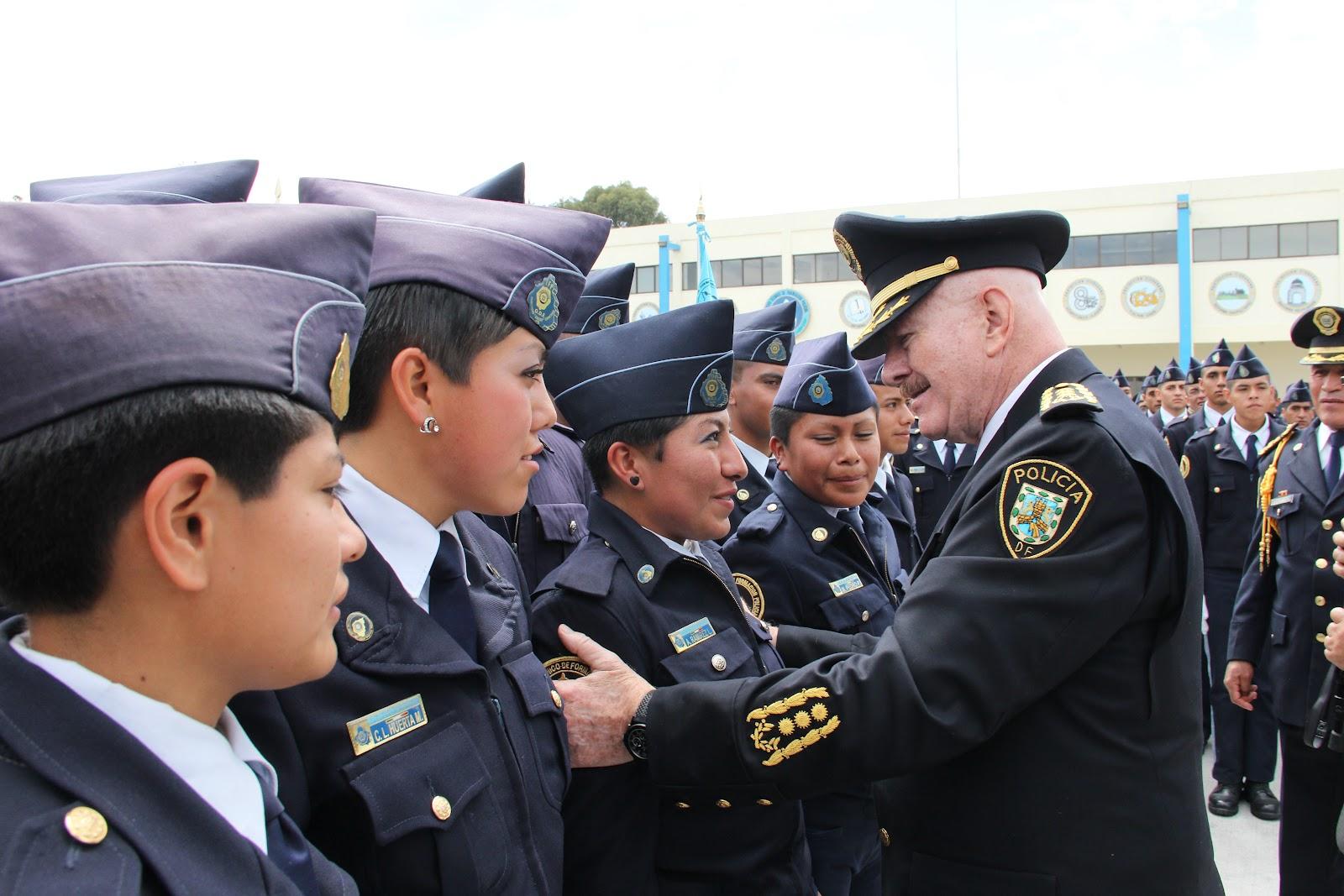 ... de Tránsito con la Generación 185 del ITFP que se Graduó el 15 de