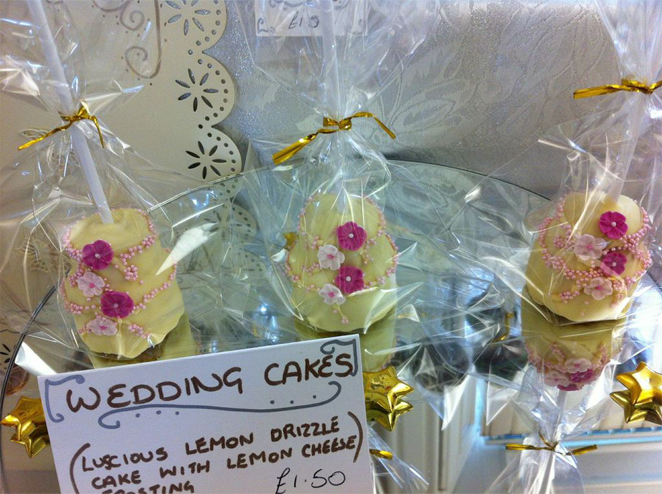 Unique Wedding Cakes and Pops