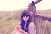 Te cambio tu sonrisa por la mas sincera lagrima;)