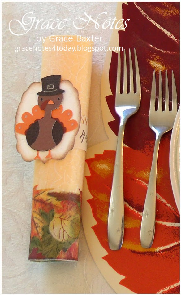 Turkey napkin ring with place setting