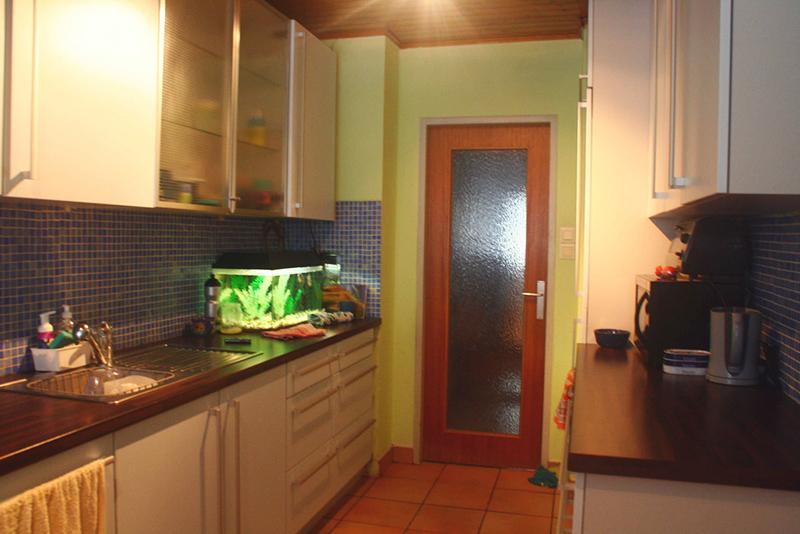 kitchen cabinets customized