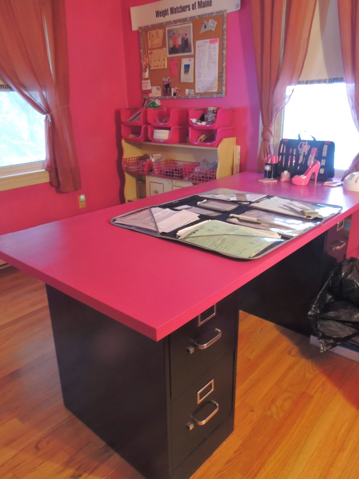 Craft rooms on a budget - Mary Elizabeth S Favorite Color Is Pink Obviously So She Really Went For It Using Sherwin Williams Exuberant Pink In A Satin Finish For The Walls And