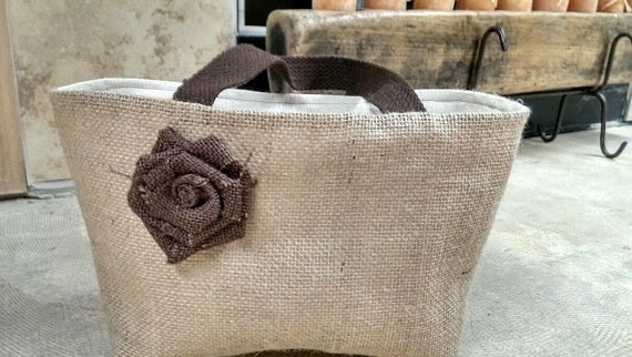 https://www.etsy.com/listing/177645816/free-shipping-natural-burlap-tote-lunch?ref=favs_view_5