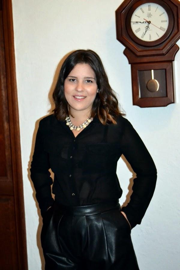 look_nochebuena_navidad_total_black_short_polipiel_lolalolailo_03