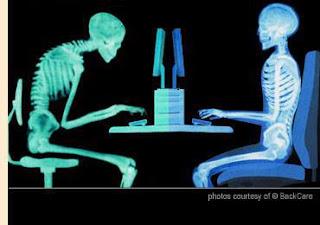長時間用電腦的姿勢差異