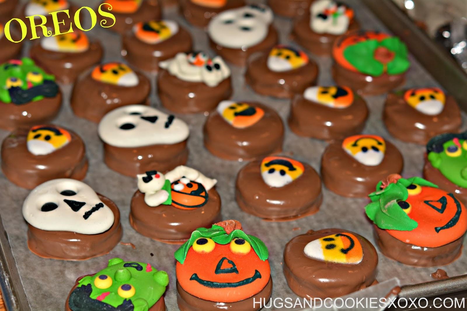 HALLOWEEN OREOS - Hugs and Cookies XOXO