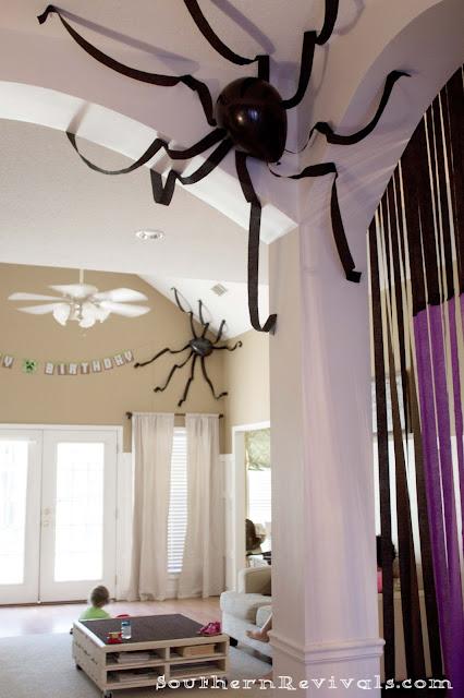 DIY déco d'Halloween : avoir une araignée au plafond - C'est ...