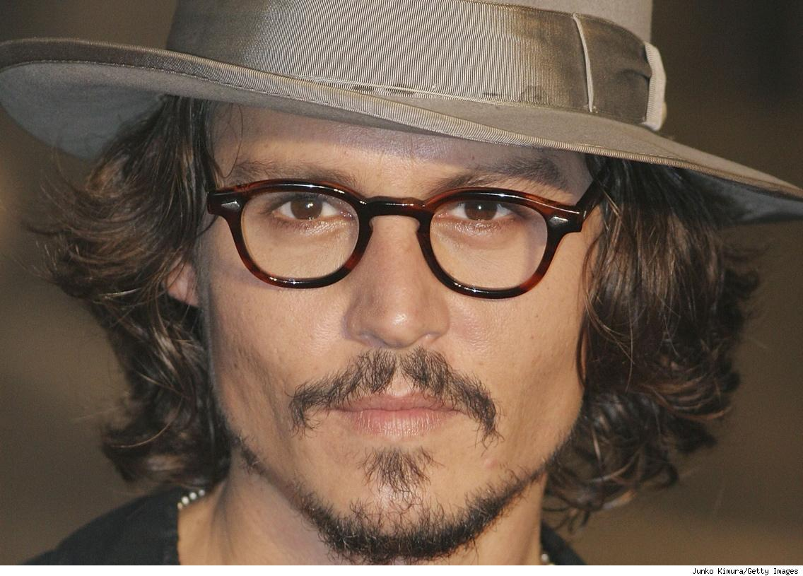 http://2.bp.blogspot.com/-BlCLmOG8fUc/TjveGbuDJfI/AAAAAAAARoo/KJBCyEp7PqU/s1600/1269840614_1136x815_johnny-depp-close-up-wallpapers.jpg