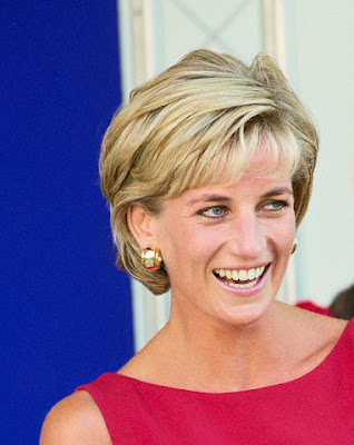 princess diana short bob hairstyle pictures 1991