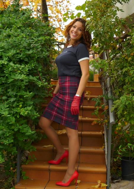 falda lapiz roja
