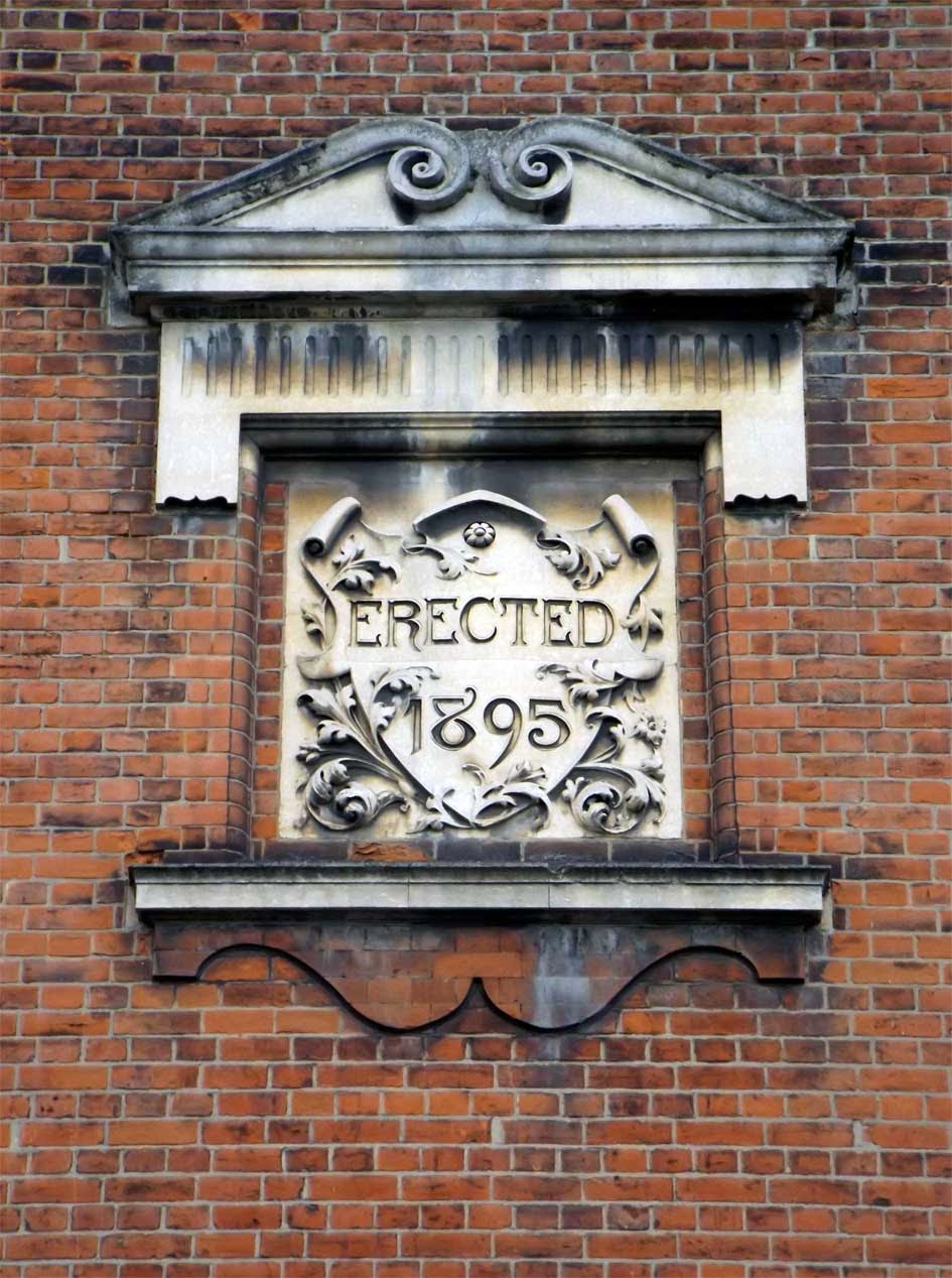 putney school of art building date plaque