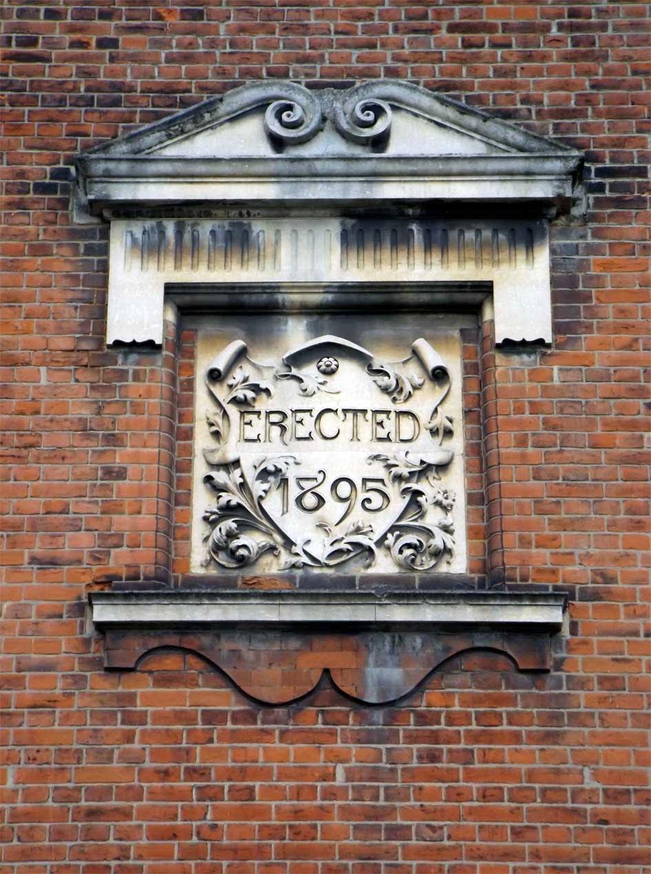 putney school of art building date plaque
