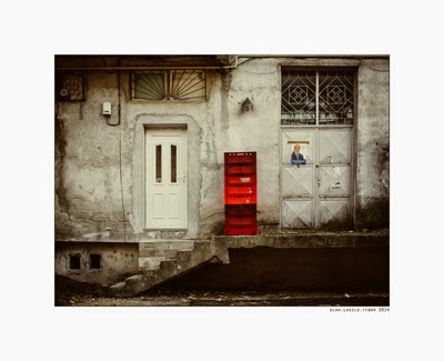 http://www.laszlo-tibor.net/2015/03/untitled-red.html