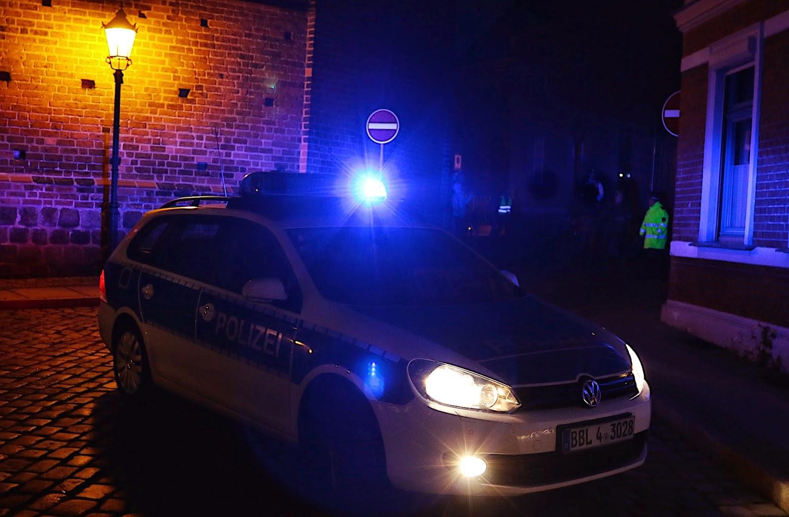 Polizei%2BIMG 2305%2B(1)