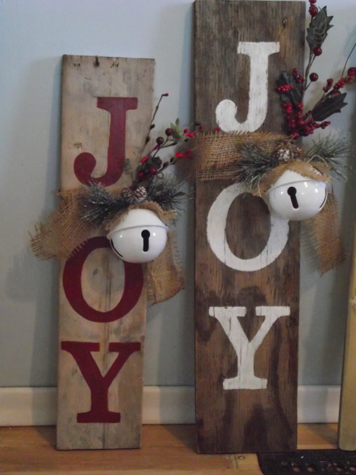 Country mom at home christmas crafts a sneak peak for Wooden letters for crafts