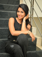 Kruthika Jayakumar gorgeous photo shoot-cover-photo