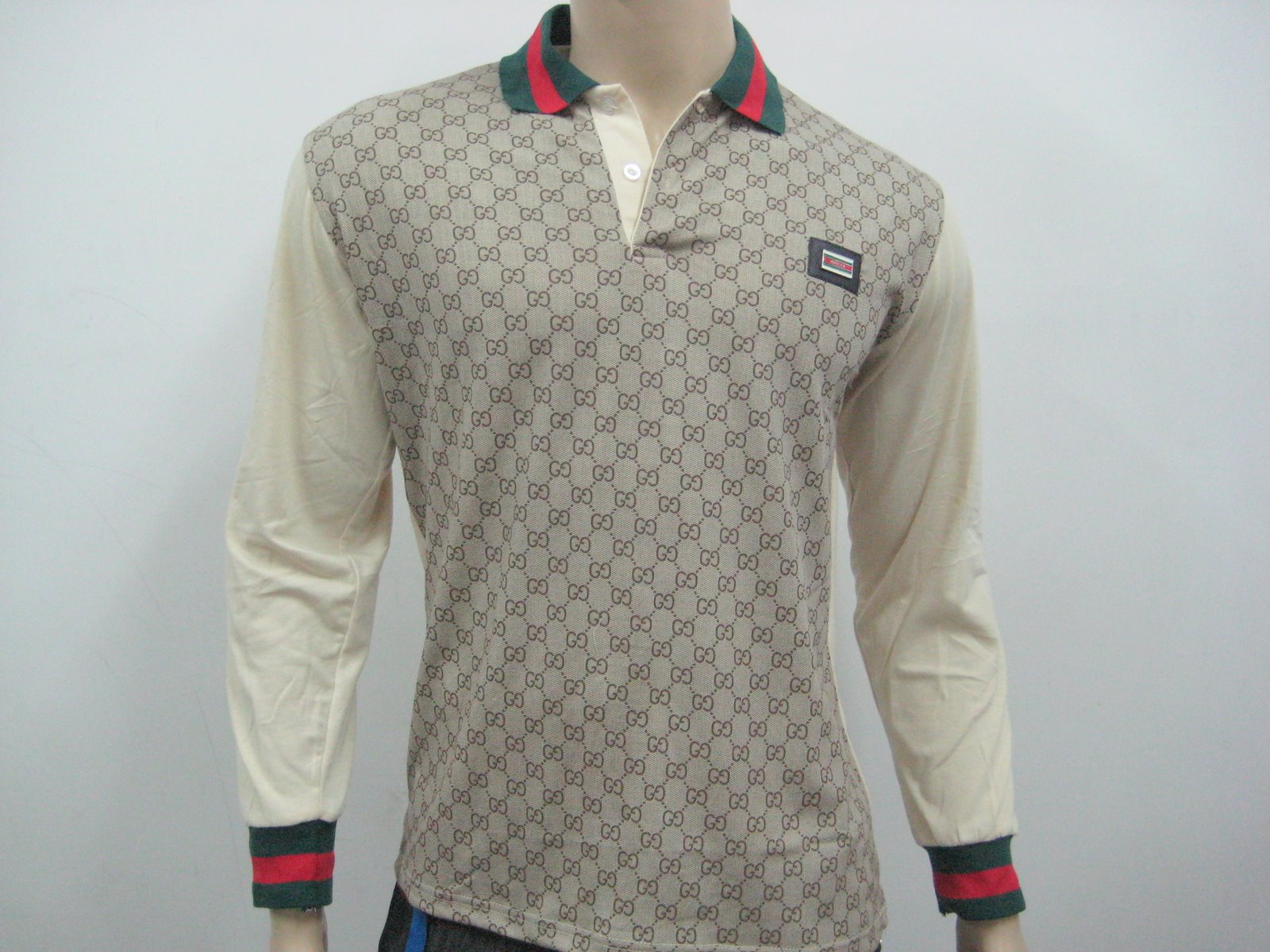 picture t shirt gucci