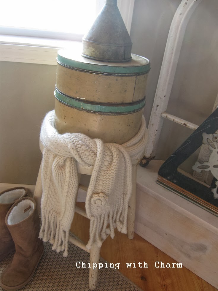 Chipping with Charm:  Stacked junk Snow Person...http://www.chippingwithcharm.blogspot.com/