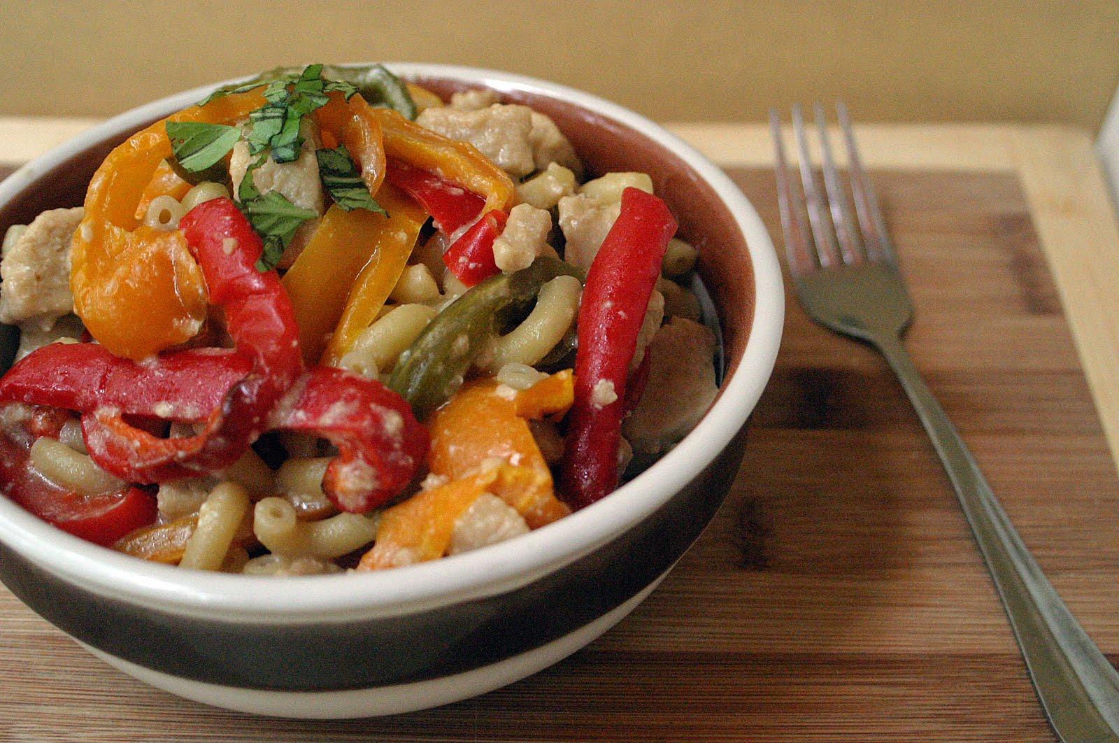 Bell Pepper Chicken Alfredo {Vegetarian} - VeggieConverter