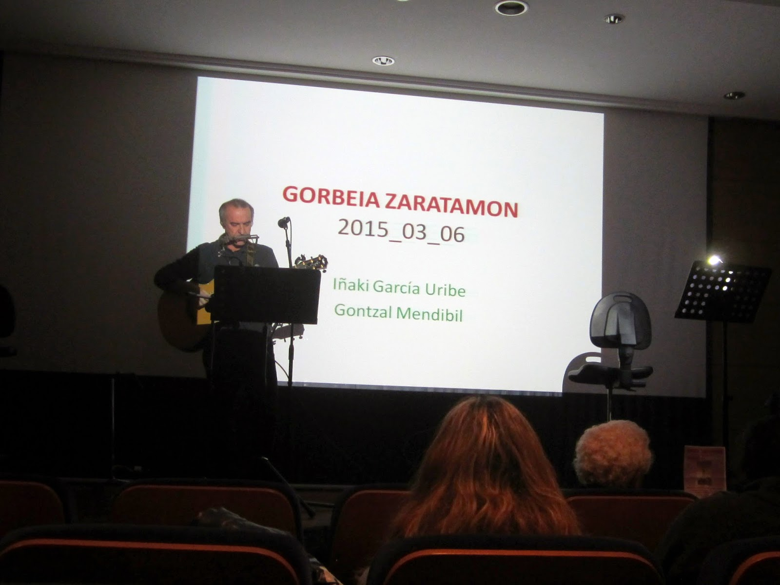 Exposición Gorbeia Zaratamon Gontzal Mendibil