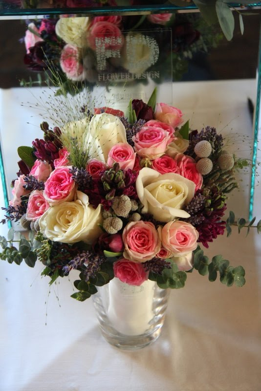 bouquet in shades of pink